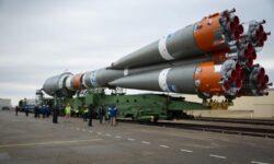 Фото дня: ракета с очередной партией спутников OneWeb на старте