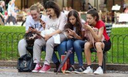 GfK: мировые продажи смартфонов в 2020 году превысят 1,37 млрд штук