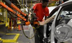 Коронавирус сократит объёмы выпуска автомобилей японских марок на 30 %
