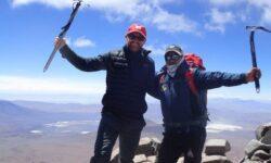 Кто живет на вершине самого высокого действующего вулкана в мире?