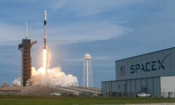 SpaceX наметила на май пилотируемый полёт Crew Dragon