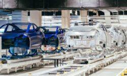 Tesla может компенсировать остановку производства электромобилей в США увеличением мощностей в Китае
