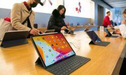 В Китае возник дефицит планшетов Apple iPad, в России покупатели сметают с полок iPhone
