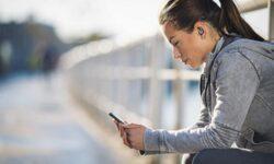Беспроводные наушники Philips ActionFit снабжены технологией УФ-очистки