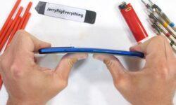 Блогер испытал смартфон OnePlus 8 Pro на прочность