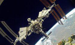 Космические туристы впервые встретят Новый год на МКС