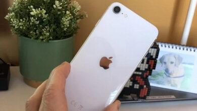Фото Первые покупатели уже получили заказанные iPhone SE