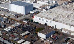 Власти Калифорнии не допустят преждевременного возвращения к работе предприятия Tesla
