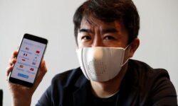 Смарт-маска Donut Robotics поможет перевести с японского и передать сообщение