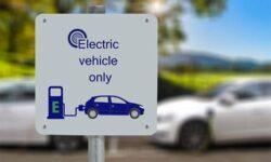 В Европе начался бум электрифицированных автомобилей