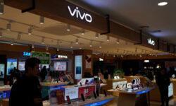 Смартфону Vivo S7 5G приписывают наличие двойной селфи-камеры с 44-Мп датчиком