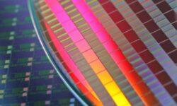 В 2021 году у Intel уже будут 6-нм чипы. Правда, производить их будет TSMC