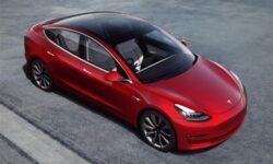 Автопилот Tesla научился распознавать ограничения скорости