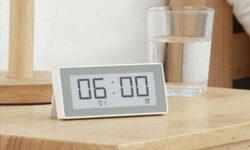 Новая метеостанция Xiaomi измеряет температуру и влажность каждую секунду