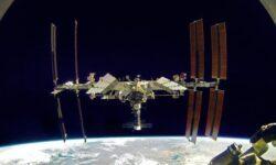 Манёвр уклонения МКС от военного спутника США не потребовался