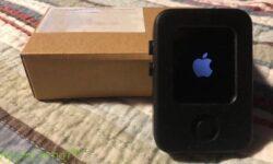 Опубликованы фотографии раннего прототипа Apple Watch: часы были замаскированы под iPod Nano