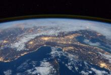 Фото Над Землёй едва не столкнулись два крупных объекта советского и китайского происхождения