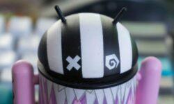 Новый Android-вымогатель выдаёт себя за МВД и угрожает 242-й статьёй УК РФ