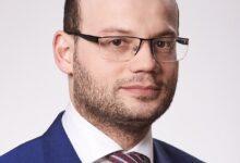 Фото «У банка есть деньги»: нужно ли «Тинькофф» продавать бизнес и почему срыв сделки с «Яндексом» никому не навредит